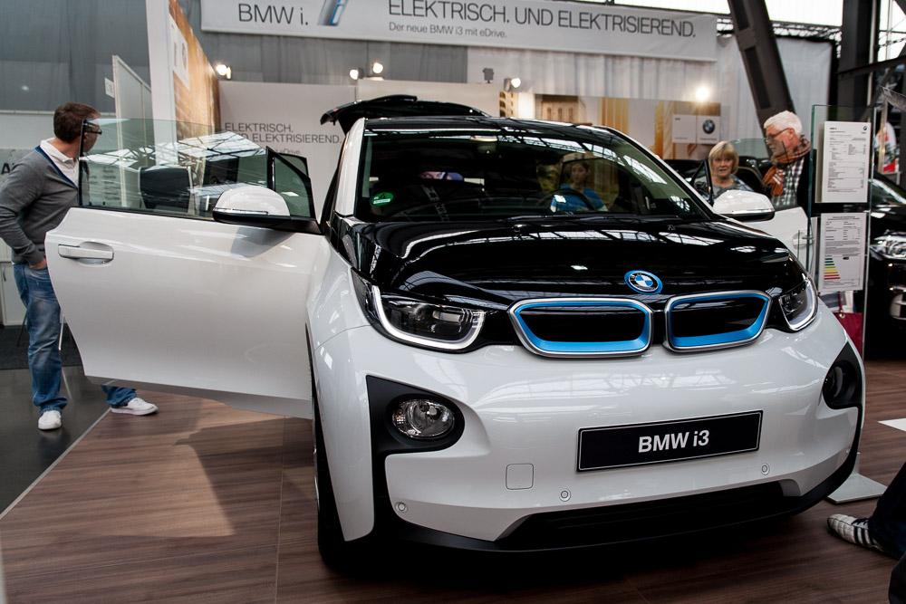 Der BMW i3 wäre auch mal nett als Shuttleservice gewesen.