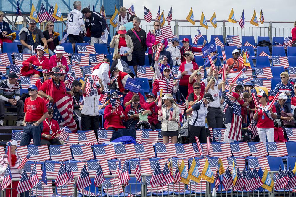 Auch Team USA hatte einiges an Verstärkung vor Ort...ein Meer aus Sternenbannern