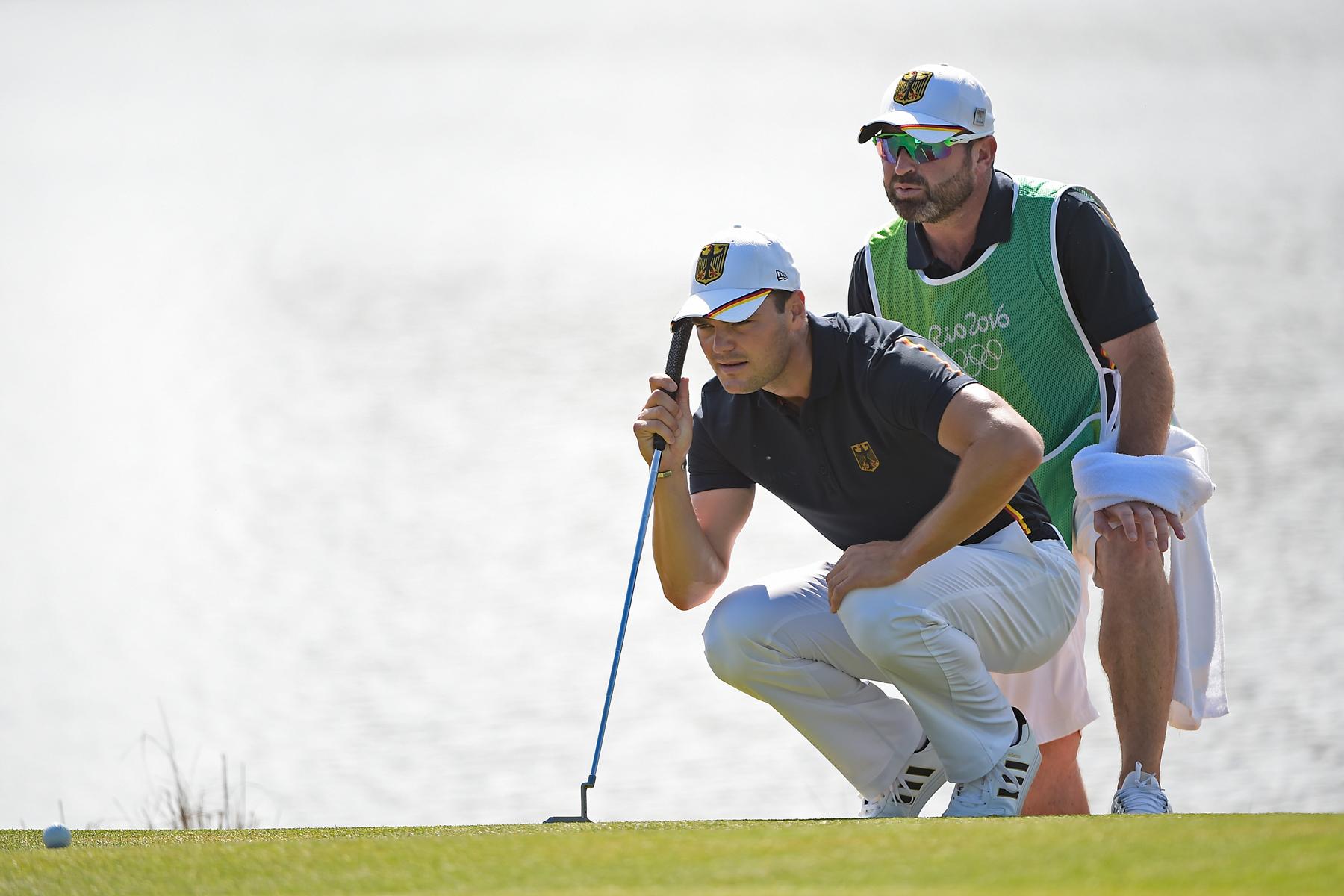 Martin Kaymer mit seinem Caddie Craig Connelly (Photo by Chris Condon/PGA TOUR/IGF)