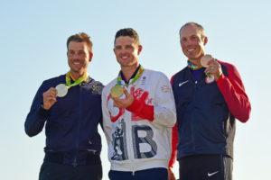 Die Medaillengewinner (v.l.n.r.): Henrik Stenson, Justin Rose und Matt Kuchar (Photo by Chris Condon/PGA TOUR/IGF)